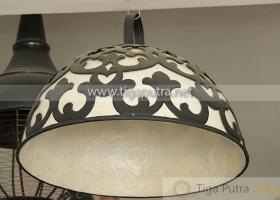 kap-lampu-tembaga-gantung